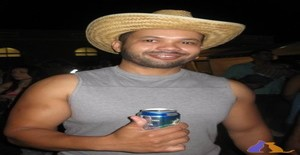 Jefinhousa 43 years old I am from Bridgeport/Connecticut, Seeking Dating Friendship with Woman